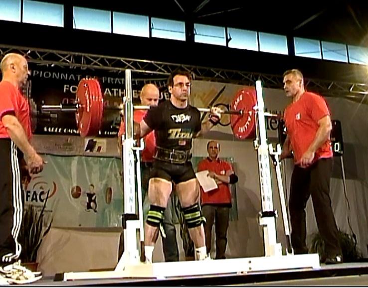 Squat 225 kilos - Championnat de France Elite 2012